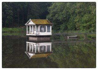 Postkarte: Spiegelung im Wenigerweiher