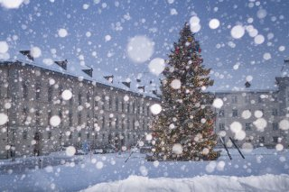 Faltkarte: Christbaum Klosterplatz St.Gallen bei Schneefall